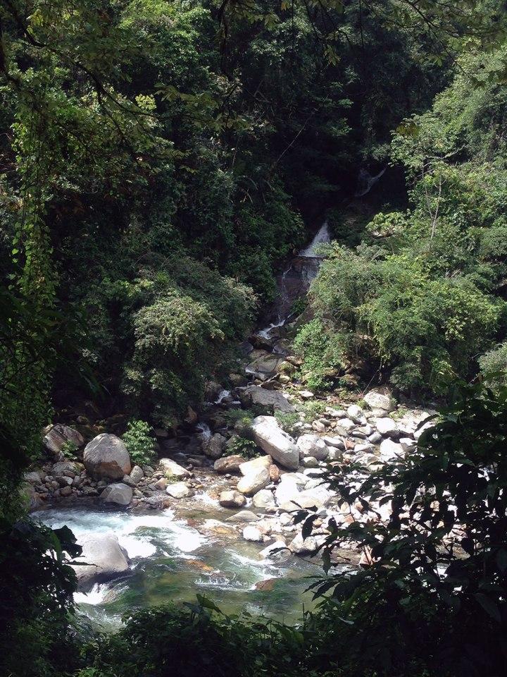 frontier-free-drifting-ciudad-perdida-waterfall