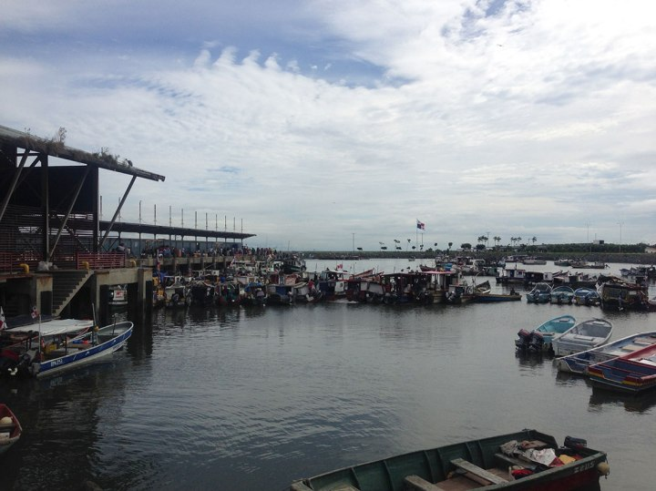 frontier-free-drifting-panama-fishing-boats-in-the-harbour