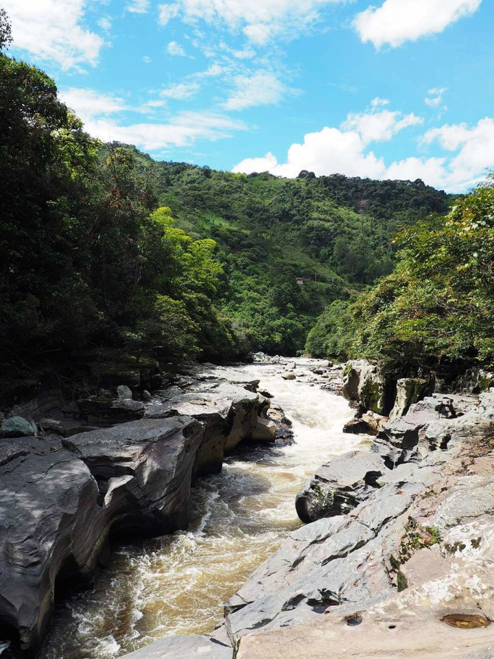 frontier-free-drifting-san-agustin-river